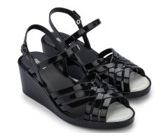 Flora Wedge Black